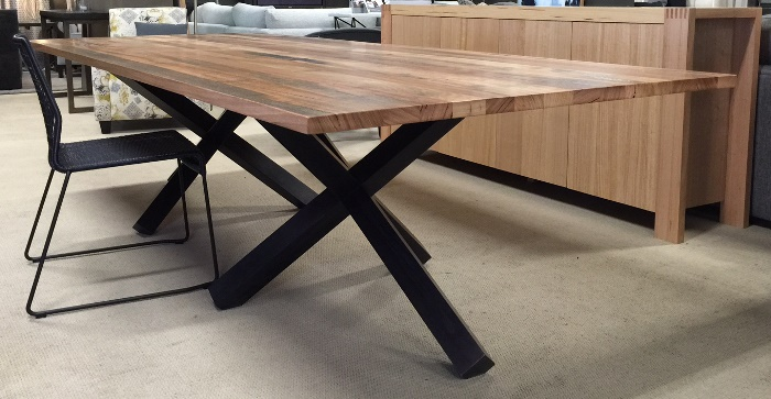 Ashey dining table make your house a home bendigo for Table 3m