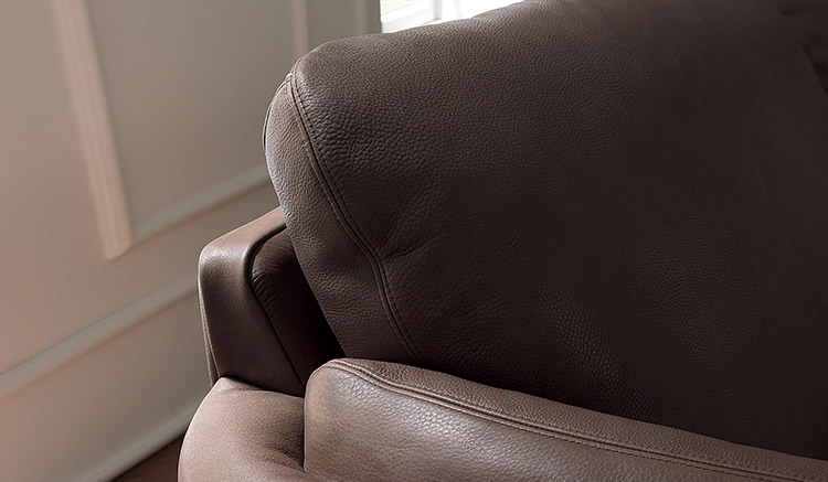 Geloso by Natuzzi Editions