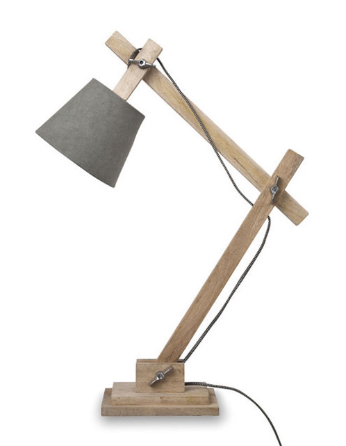 Guarida lamp with fabric shade make your house a home for Chunky wooden floor lamp